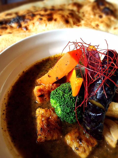 チキンと彩り野菜のスープカレー